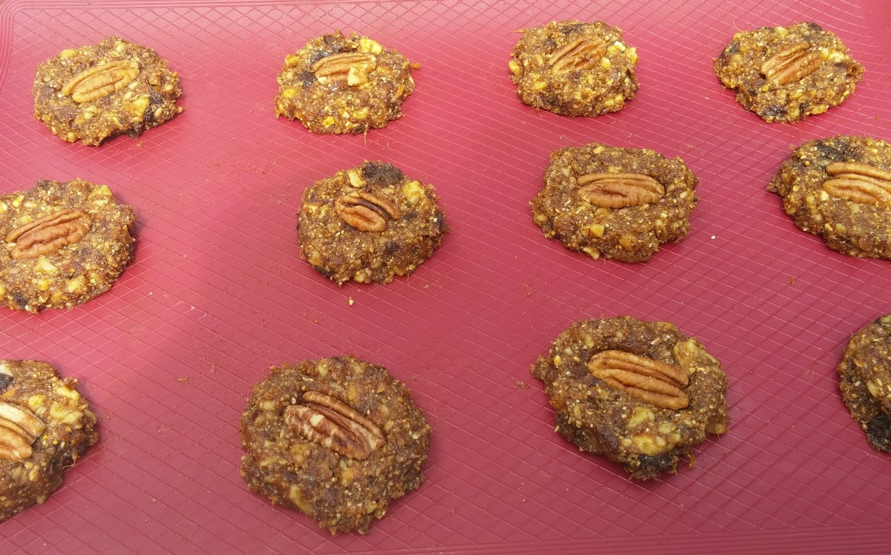 walnut cookies unbaked cropped2