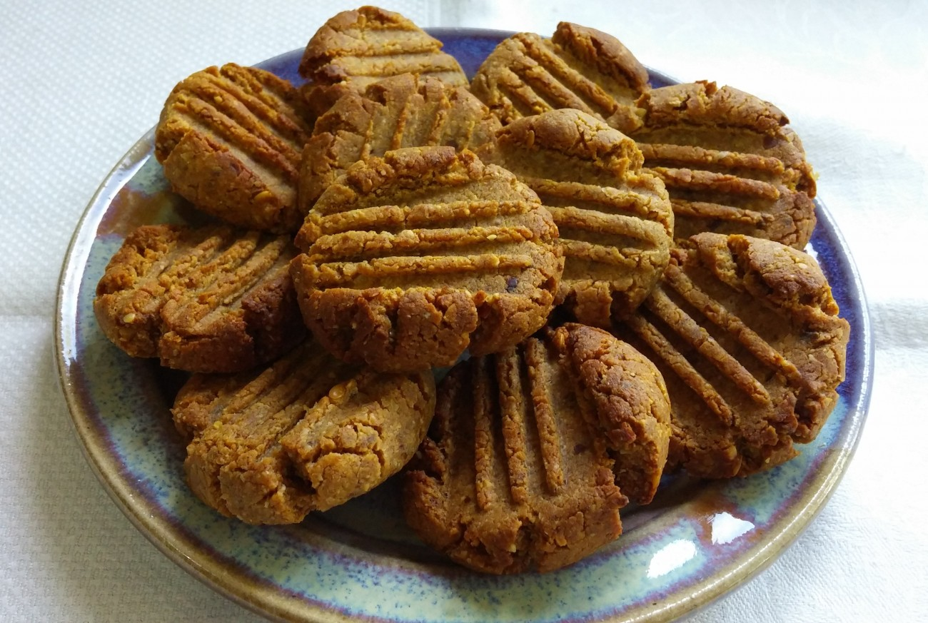 Old Fashioned PB Cookies